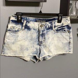 Decree Acid Wash Raw Hem Shorts sz 9